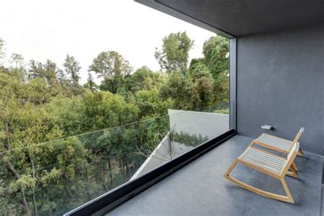 Steel Concrete And Home With Central Courtyard by Steel Concrete And Home With Central Courtyard