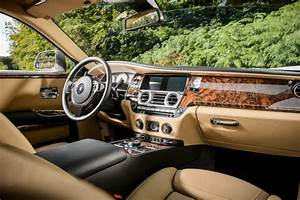 2017 Rolls Royce SUV - 2017 / 2018 Best SUVs