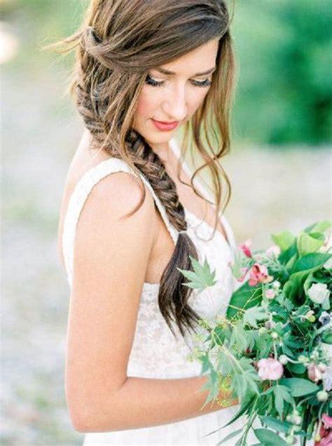 capelli da sposa  acconciatura  treccia