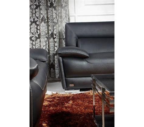 black italian leather sofa dreamfurniture com k8432 black italian leather sofa set