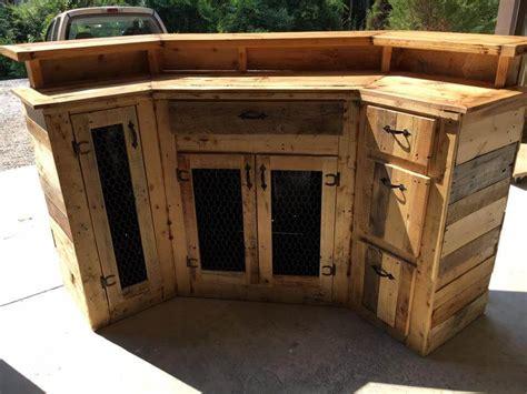custom  wood pallet bar easy pallet ideas