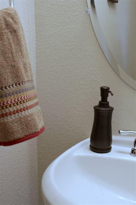 tips    guest bathroom holiday ready mom