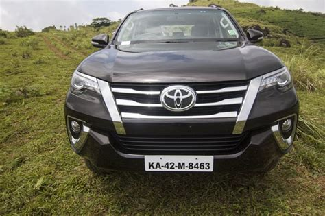 Toyota Fortuner Photo by 2017 Toyota Fortuner Images Interior Exterior Photos Of