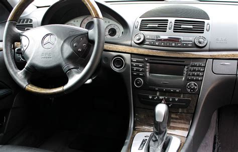mercedes classe e interieur int 233 rieur classe e 2002 2008 volume du coffre finition modularit