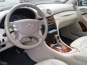 Mercedes La Centrale : c 39 est quoi cet objet sur la console centrale clk mercedes forum marques ~ Medecine-chirurgie-esthetiques.com Avis de Voitures