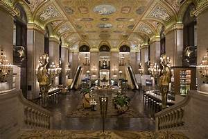 Wine and Spirits Travel: Palmer House Hilton, Elegance of