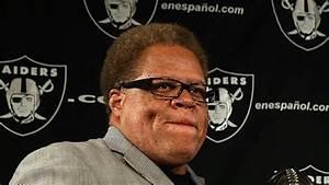 Raiders GM Reggie McKenzie voted Sporting News Executive ...