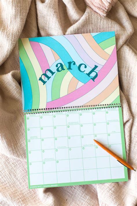 printable  wall calendar studio diy