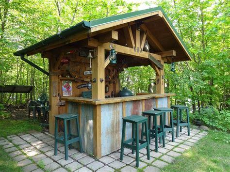 rustic outdoor bar  corrugated steel accents diy