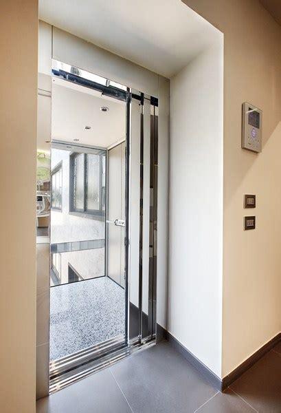 installation d un ascenseur maison avec porte coulissante proche de rambouillet 78 nos
