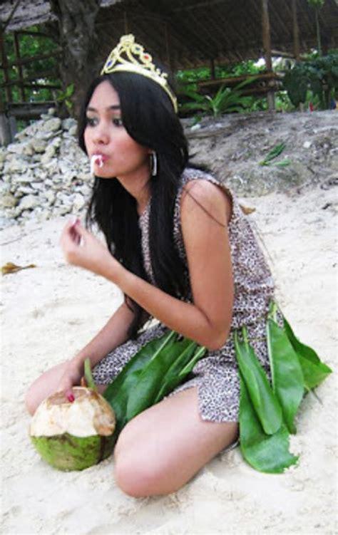 Kumpulan Foto Model Majalah Exotica Toket Montok Smp