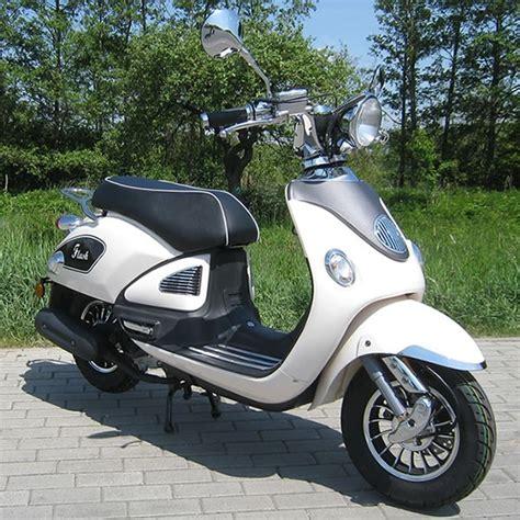50ccm roller kaufen motorroller 50ccm retro roller mit 45 km h flash weiss motorroller mofa