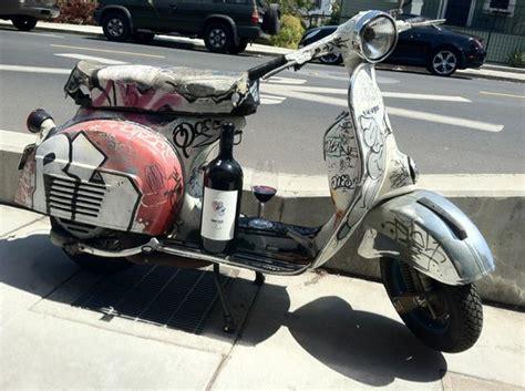 Grafiti Vespa : Graffiti Vespa With Mark Herold Wine Parked Out Front