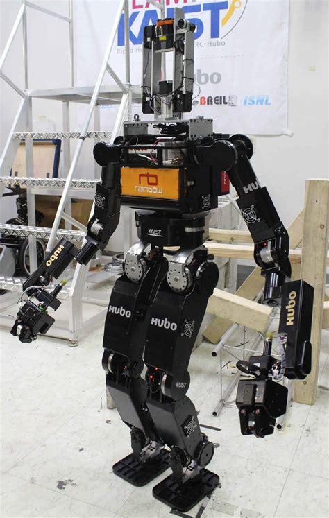 Seventeen Teams Prepare for DARPA's Robotics Challenge ...
