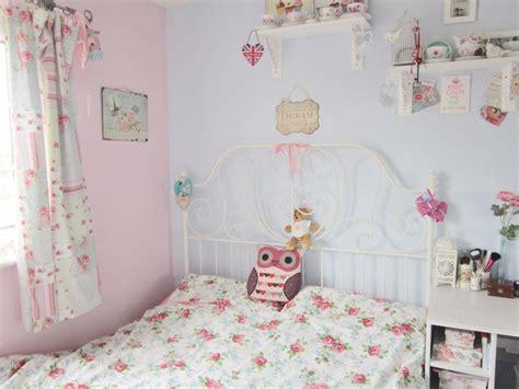 pastel blue  pink vintage style bedroom ideas  girl