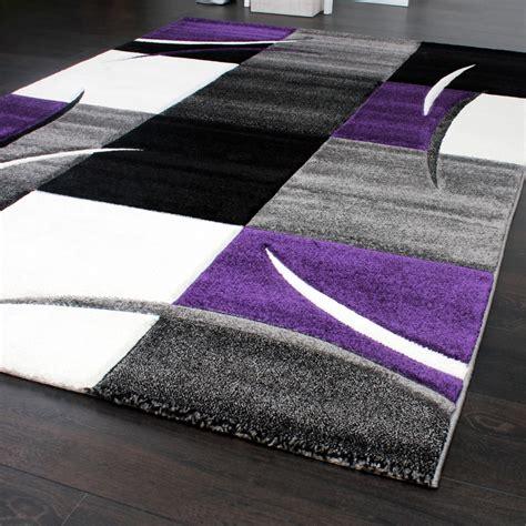 designer teppich mit konturenschnitt teppich kariert lila schwarz grau wohn und schlafbereich