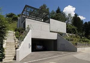 House In Comano