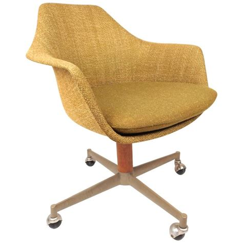 mid century modern office chair in the style of herman