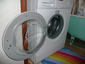 Waschmaschine Bewegt Sich Beim Schleudern : warum die waschmaschine beim dr cken sehr laut ist 4 hersteller ~ Frokenaadalensverden.com Haus und Dekorationen
