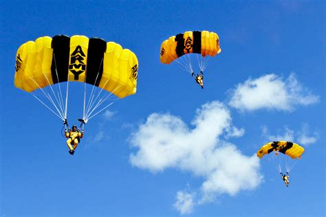 Free Images : wing, group, sky, jump, military, flight ...