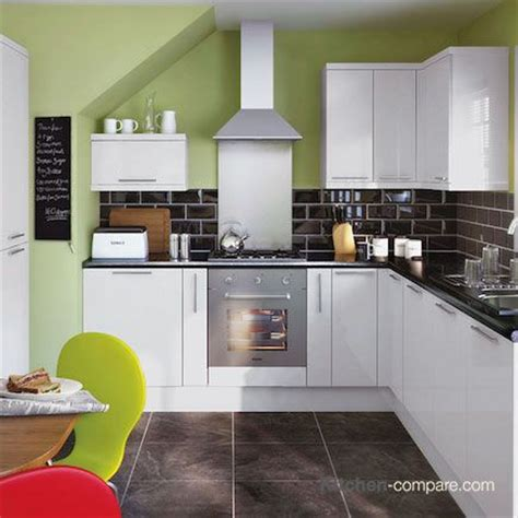 lighting for kitchen cabinets 9 best contemporary white gloss kitchens images on 9010