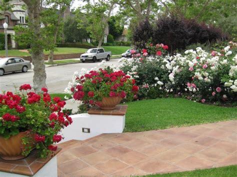 small garden flower beds small flower garden ideas photograph for a small garde