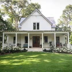 house plans farmhouse style best 20 white farm houses ideas on