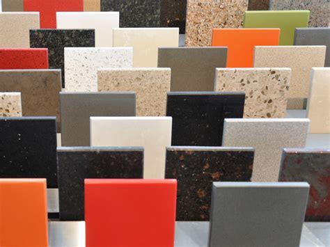 comptoir de cuisine quartz ou granit granite au sommet