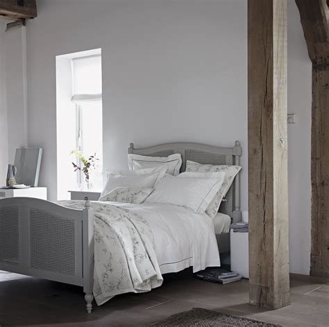 prettiest grey bedroom decorating ideas