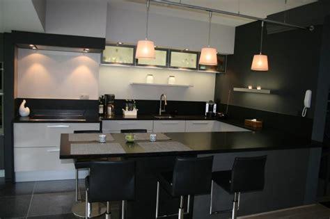 meuble cuisine avec table integree faberk maison design cuisine equipee avec table integree 7 914575 cuisine moderne cuisine