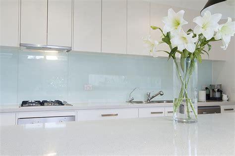 Glass or Tile? 15 Tips for Choosing the Right Splashback