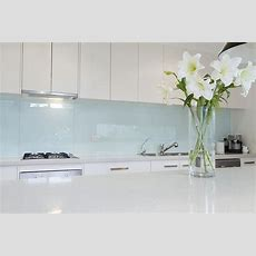 Glass Or Tile? 15 Tips For Choosing The Right Splashback