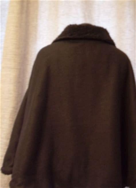 cape d interieur femme une cape d int 233 rieur fa 231 on ou ours mal l 233 ch 233 le de absolumentdeco