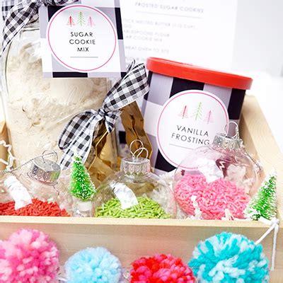 diy holiday cookie kit teachers gift cookie kit