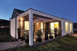 Fertighaus Bauhausstil Preise : holz fertighaus bungalow ~ Lizthompson.info Haus und Dekorationen