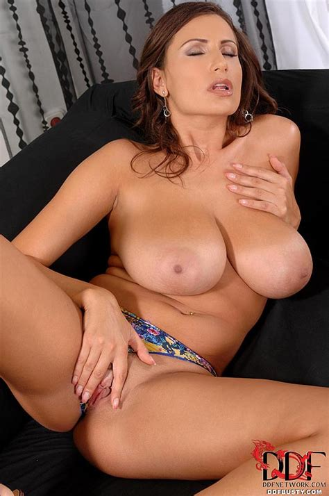 big tits babe stripping on couch busty girls db