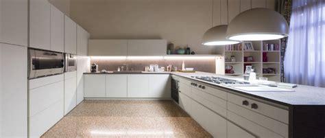 Cucine Moderne Bianche Laccate by Cucine Moderne Cucine Design Cucine Laccate