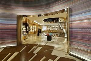 Passion For Luxury : Louis Vuitton Étoile Maison - Rome