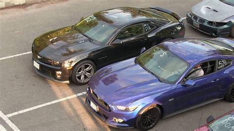 Mustang Vs Camaro Drag Race by 2016 Mustang Gt Vs Camaro Zl1 Drag Race