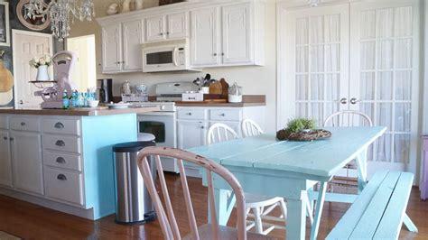 choose warm  cool paint white lace cottage
