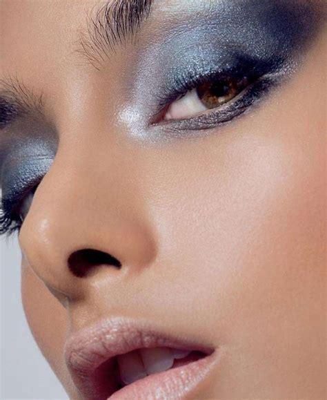 ways  wear glitter makeup   day feminain