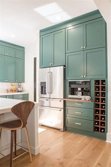benjamin moore tarrytown green shaker cabinets shaker