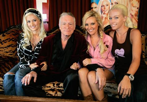 Holly Madison Book: 10 Of The Craziest Revelations From ...
