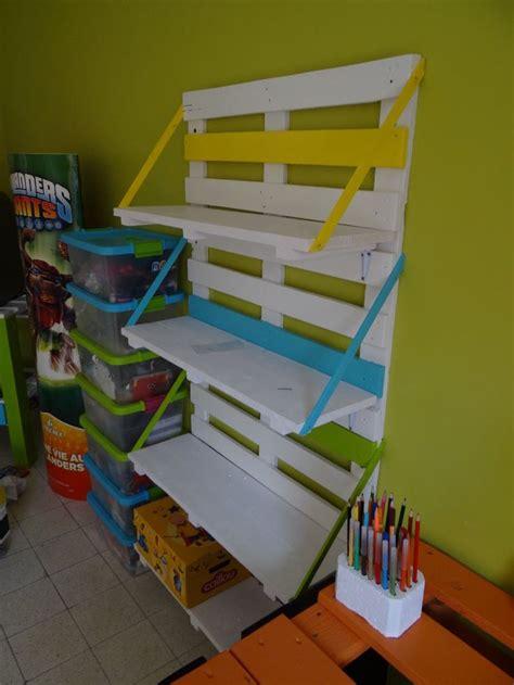 bibliothèque chambre d 39 enfant en palettes de bois