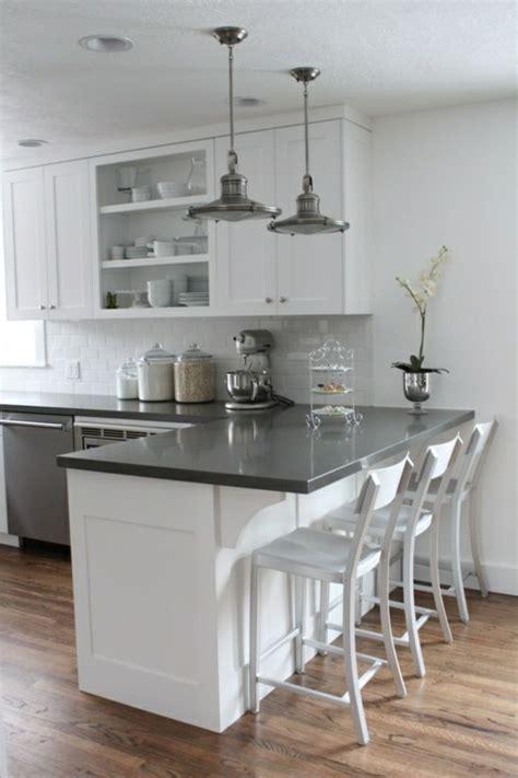 cuisine cagnarde blanche les 25 meilleures idées concernant décoration de cuisine blanche sur décor dessus de