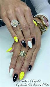 Summer Nails Black and yellow Neon nails Glitter nail