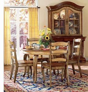 French country decorating for Country dining room decor