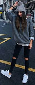 Tendances automne hiver 2017-2018 | Grey beanie White sneakers and Winter fashion