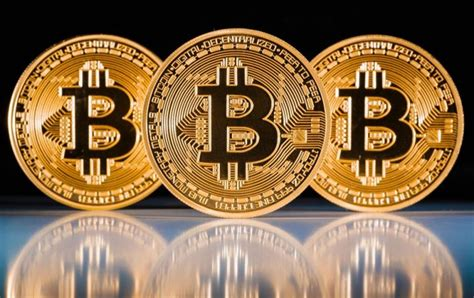 How will bitcoin prices react? Bitcoin trading starts on the huge CME exchange ...
