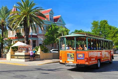 hop on hop off key west tours with old town trolley